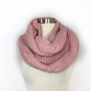 Octavia Altura Cable Knit Infinity Scarf